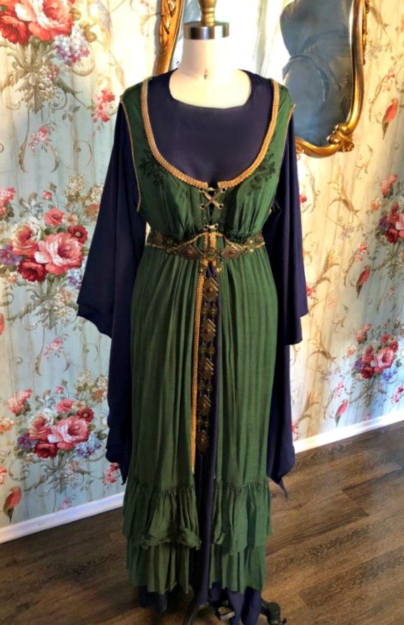 Image 0 of Medieval Dress #2