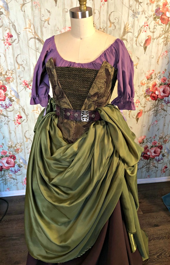 Image 0 of Medieval Dress / Tavern Wench