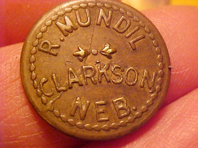 clarkson lumber questions Lumber company key questions and concepts that your team should address: 1why has clarkson lumber company borrowed increasing amounts despite its consistent profitability in order for clarkson to keep up with an increase in sales, they need to borrow additional funds to increase their purchase order sizes 2how has mr clarkson met the.