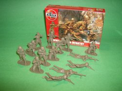 1/32nd Scale Airfix World War II Russian Infantry Plastic Soldiers Set