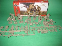 1/32nd Scale airfix World War II British Support Group Plastic Soldiers Set