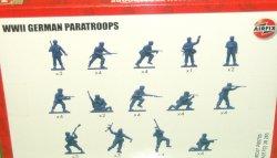 '.Airfix German Paratroopers.'