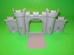 MPC Recast Plastic Medieval Castle Front Wall Section