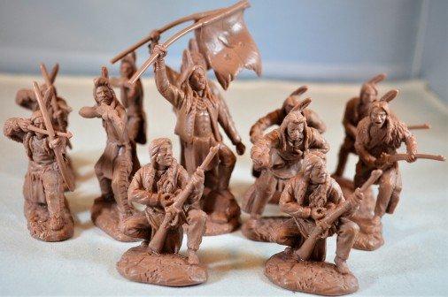 Image 0 of TSSD Western Plains Indian Warriors Plastic Figures Set 14