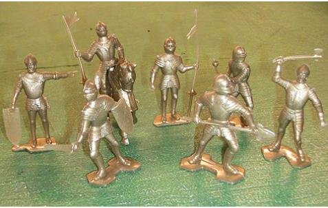 Image 0 of Marx Re-Issue Set Of Gold Medieval Plastic Knights