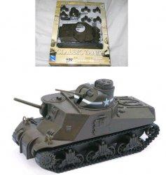 New Ray 1/32nd World War II U.S. Army M3 Lee Plastic Model Kit