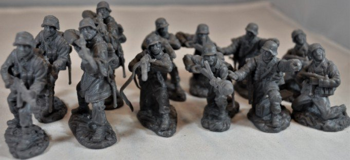 Image 0 of TSSD 1/32nd Scale World War II German Elite Troops Plastic Soldiers Set