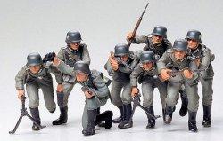 Tamiya 1/35 German Assault Troops (8) Soldiers Plastic Model Kit 35030