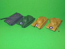 HO Scale 1/72 Set Of 4 Plastic Modern Style Tanks 76804