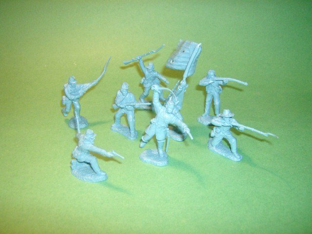 Image 0 of TSSD American Civil War Union Charging Line Plastic Soldiers Set 2