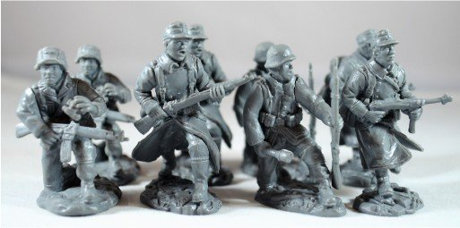 Image 0 of TSSD 1/32nd Scale WWII Plastic German Soldiers Add On Set 27
