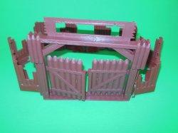 MPC Recast Western Stockade Style Plastic Fort