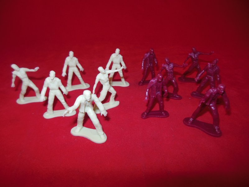 Image 6 of TSD City Of The Zombie Apocalypse Limited Edition Playset
