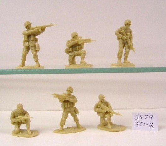 Image 1 of AIP 1/32 Battlefield Combo Series U.S. Army & Taliban Soldiers Set 5678