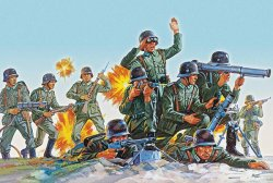 Revell 1/76nd Scale WWII German Infantry Soldiers Set 2598