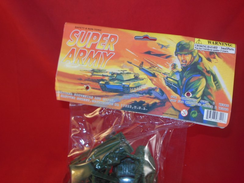 Image 2 of Super Army Plastic Armymen Bagged Set With Cannon, Trucks, Jeep, Soldiers NEW!