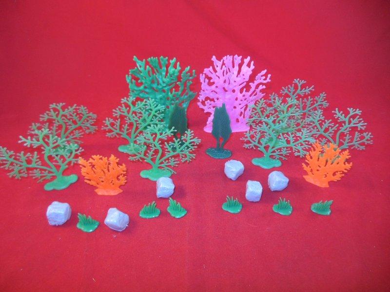 Image 1 of Ocean Science Fiction Plastic Diorama Scenery Set 2 Pack 39784