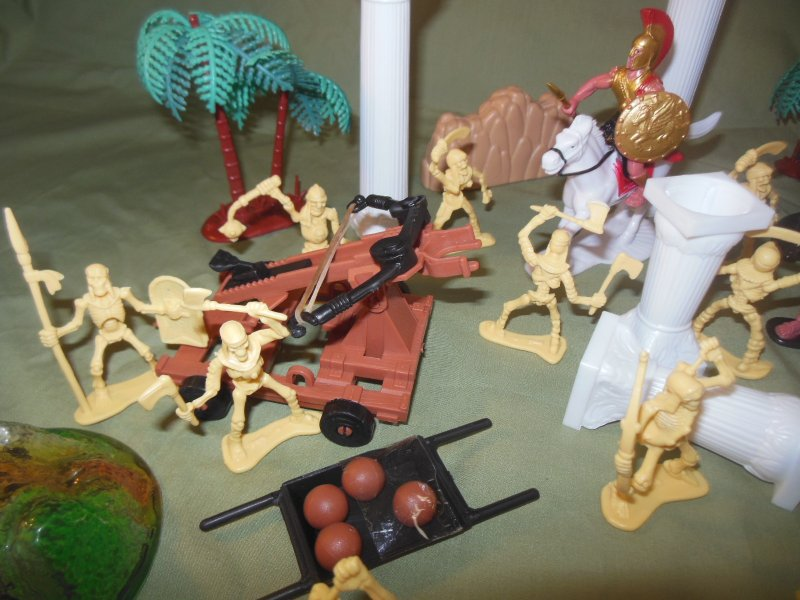 Image 5 of TSD Mythical Jason And The Argonauts Skeleton Battle Limited Edition Playset