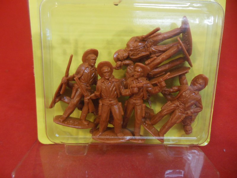 Image 1 of Timpo 54mm Western Cowboys Plastic Figures Set