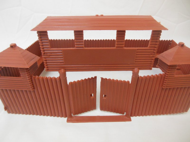 Image 3 of MPC Recast Snap Together Plastic Western Playsets Wood Stockade FORT