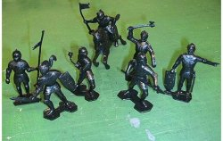 Marx Re-Issue Set Of Black Medieval Plastic Knights