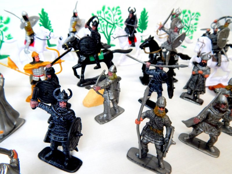 Image 3 of TSD Medieval Barbarian Invasion Limited Edition Playset