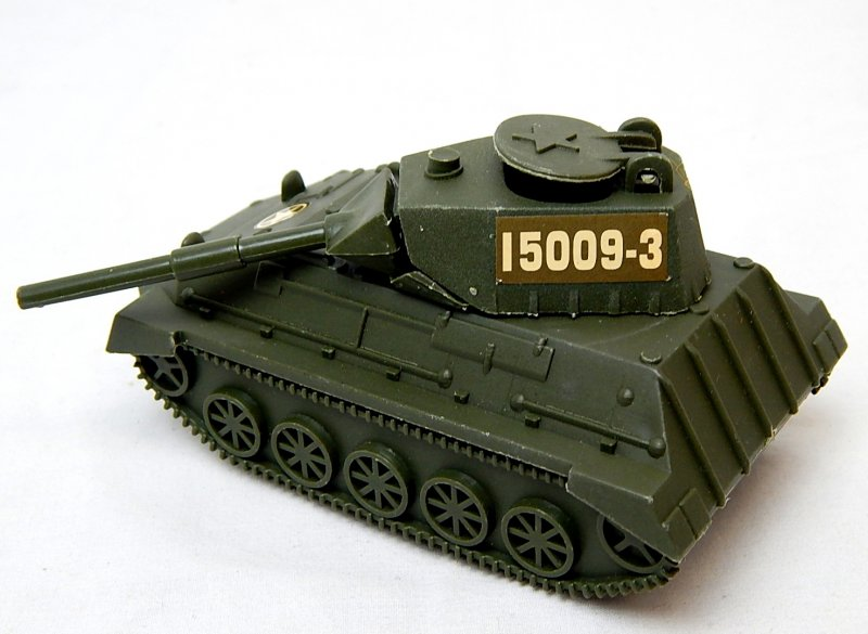Image 1 of World War II Modern Armored Light Tank Green Plastic Vehicle