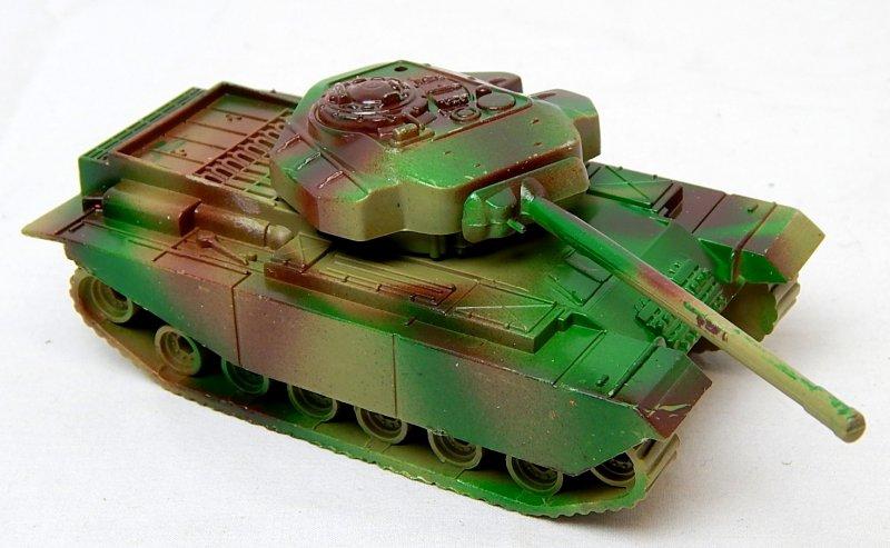 Image 0 of Modern British Centurion Style Green Camo Plastic Tank