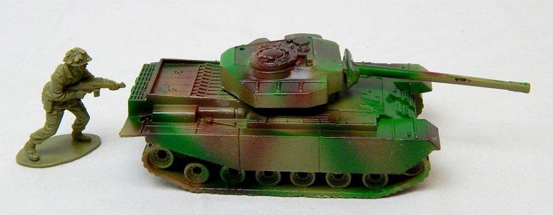 Image 2 of Modern British Centurion Style Green Camo Plastic Tank