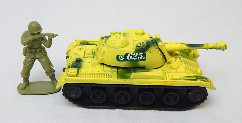 Image 2 of M48/60 U.S. Army Style Desert Camo '625' Plastic Tank