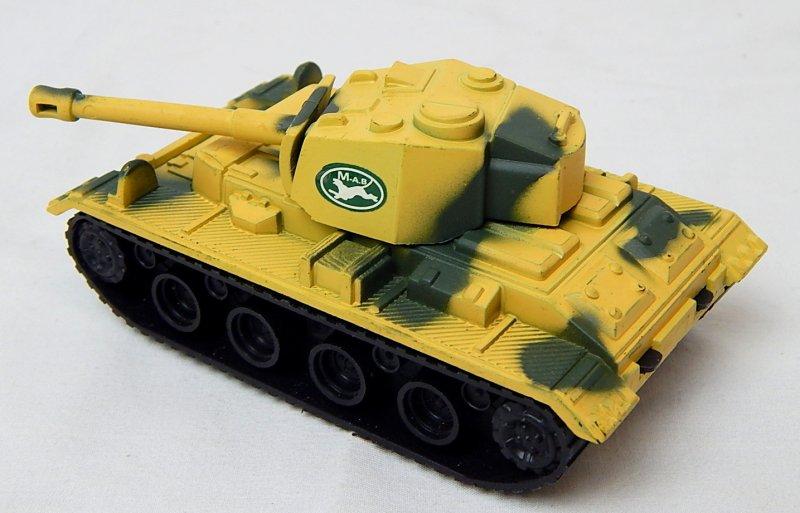 Image 1 of German Panzer III Style Desert Camo '625' Plastic Tank