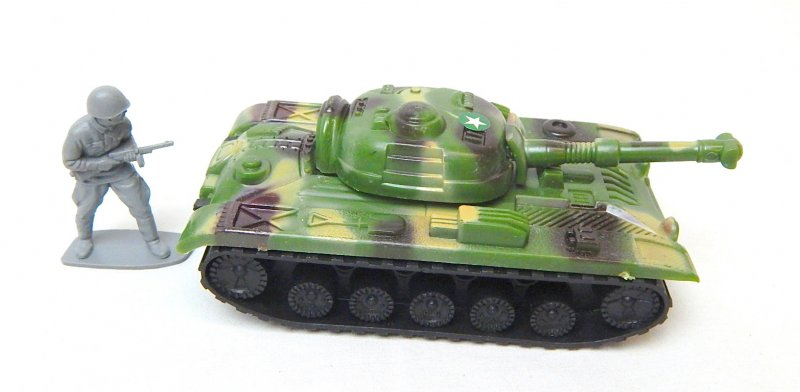 Image 2 of Russian Style T-54 Green Camo Plastic Tank