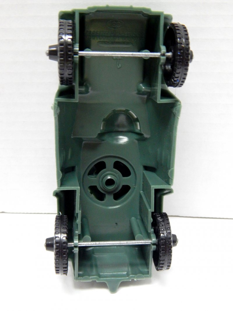 Image 2 of Timmee Processed Plastic Green Army Armored Car (pre-owned)