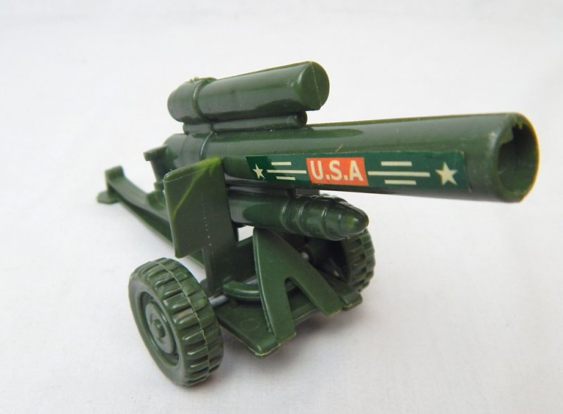 Image 1 of US Army 155mm Howitzer Style Plastic Heavy Artillery Cannon