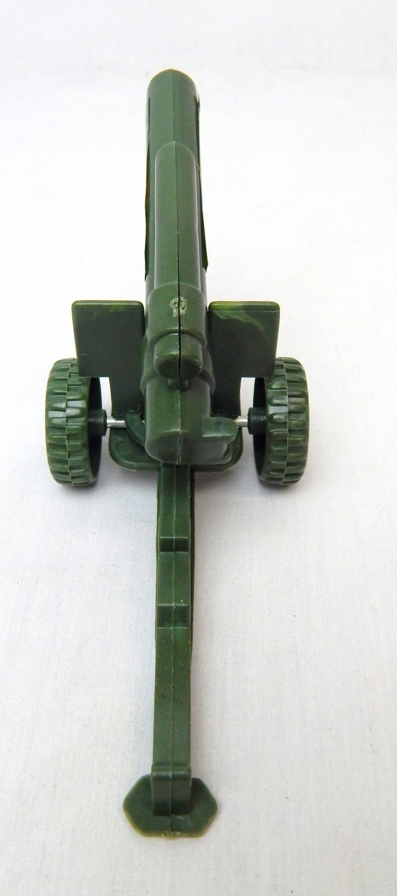 Image 2 of US Army 155mm Howitzer Style Plastic Heavy Artillery Cannon