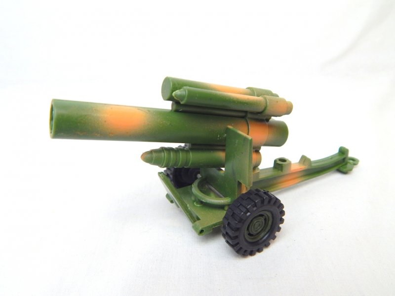 Image 1 of US Army 155mm Style Howitzer Camo Hard Plastic Cannon