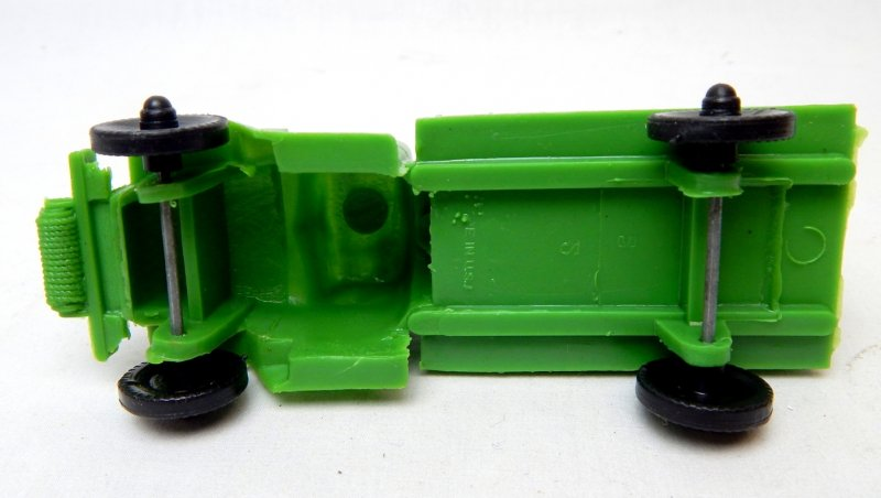 Image 4 of U.S. Army Green Plastic Troop Truck Lido Style