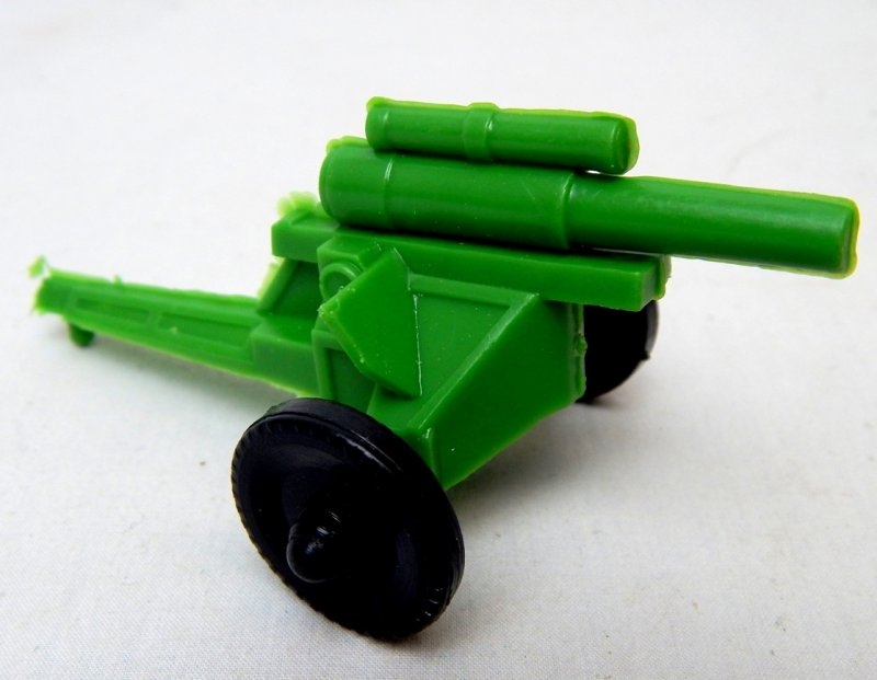 Image 0 of U.S. Army WWII Style Green Plastic Howitzer Cannon Lido Style