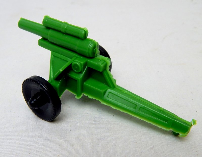 Image 1 of U.S. Army WWII Style Green Plastic Howitzer Cannon Lido Style