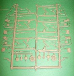 Recast Tan Plastic 140 Pc ACW Accessories Set