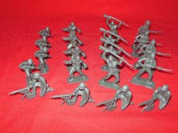 Timmee Style Recast WWII Plastic Combat Army Patrol Figures Set