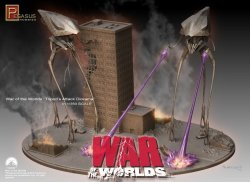 Thumbnail of Pegasus War of the Worlds Alien Tripods Attack! diorama model kit 1/350