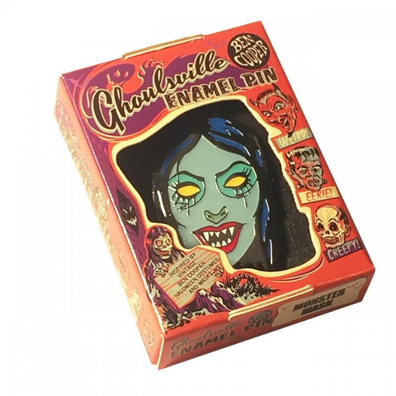 Vampyra Enamel Pin