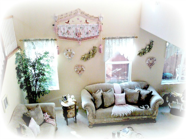 Romantic victorian home collection decorating ideas for Victorian decor store