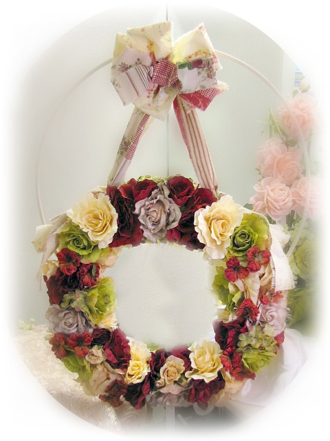 Image 0 of Country Roses Large Door Wreath