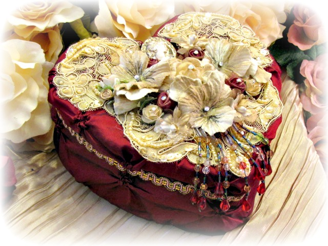 Image 2 of Regency Elegance Heart Box