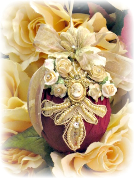 Image 1 of Regency Elegance Ornaments Set of 4 pcs.