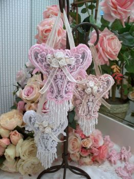 Image 0 of Roses and Pearls Sachets