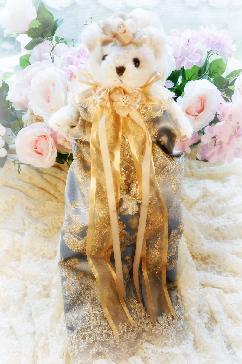Image 0 of Antique Blue and Gold Damask Bear