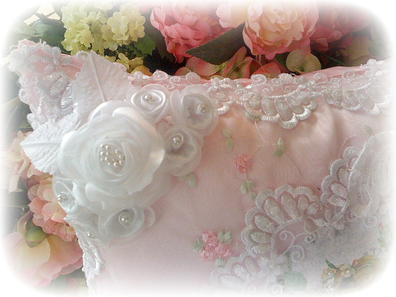 Image 16 of Crystal Roses Pillows